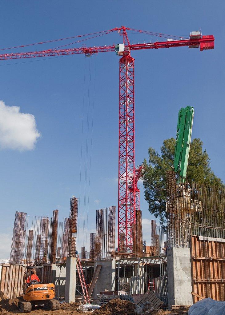 Building construction site in Los Angeles