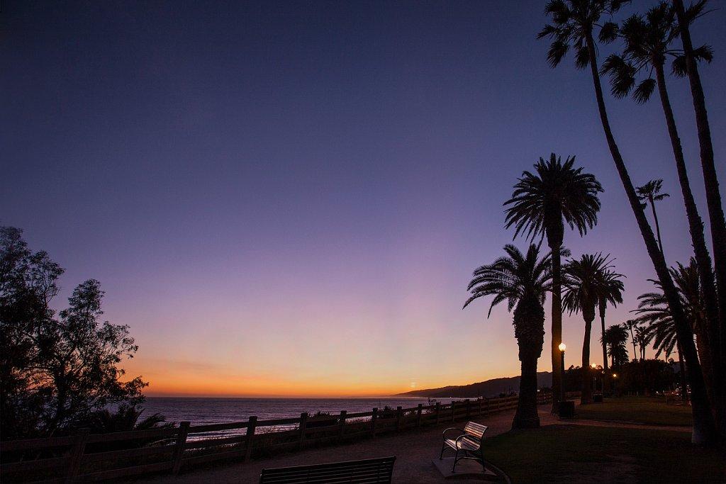 Sunset glow at Palisades Park in Santa Monica, Californian