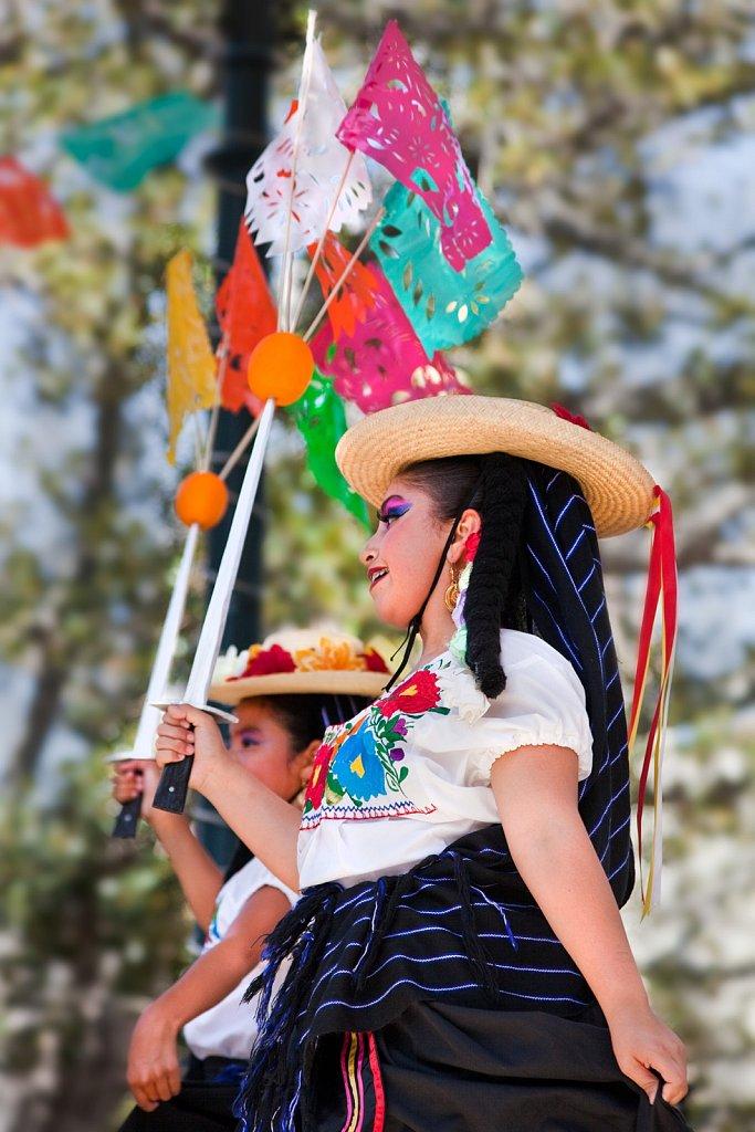 Mexican folkloric dancers at Cinco de Mayo, Los Angeles, California