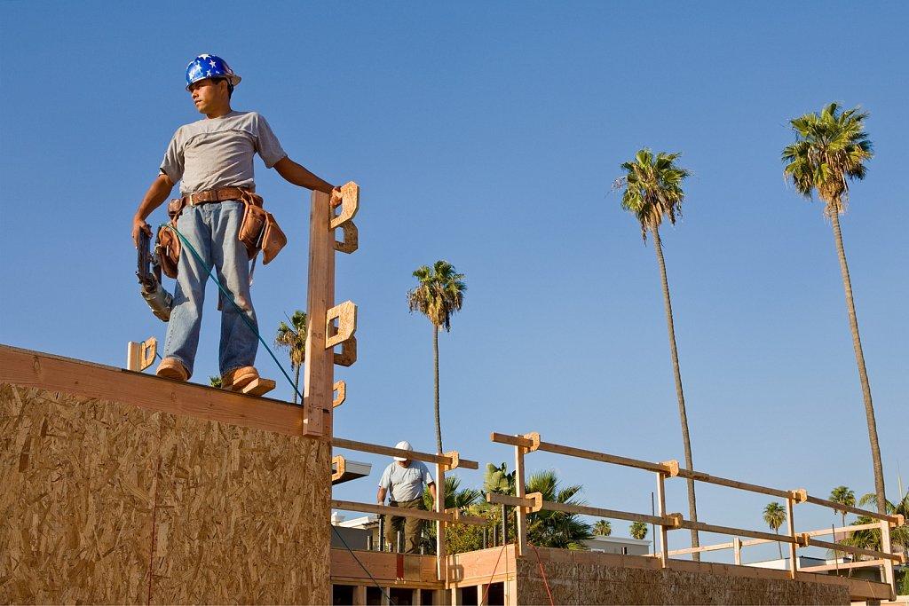 Condo construction in Los Angeles